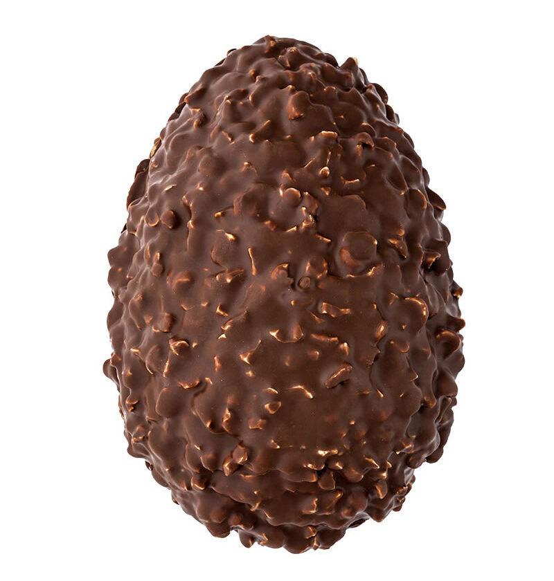 Uovo di Pasqua Artigianale alle nocciole ricoperto di cioccolato